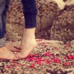 موقع انا وياك ينصح ابتعدي عن الحب من أول نظرة