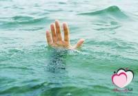طفل انقذ من الغرق فكانت رده فعله غريبه !! شاهد ماحدث ؟