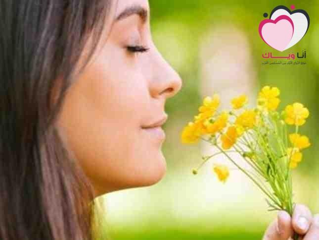 دراسة حاسة الشم لدى المرأة أقوى من الرجل